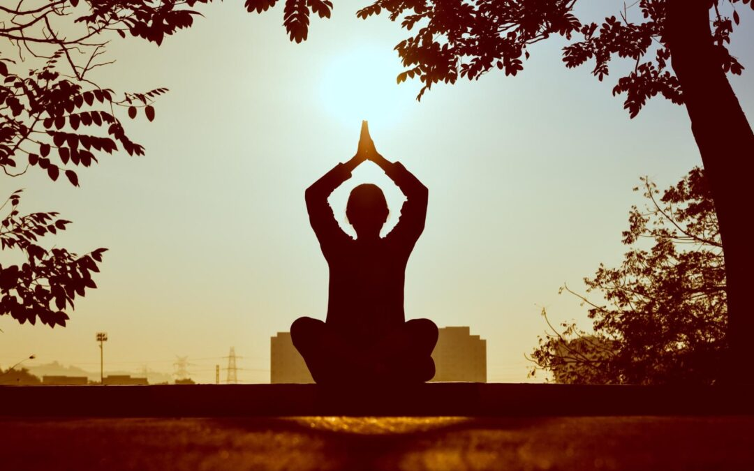 Six Steps To Begin Meditating + Lose Weight